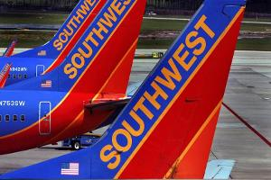 Jim Cramer on Southwest Airlines' Decline: This Is Your Opportunity