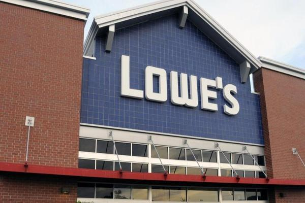 Midday Report: Lowe's Leads Consumer Losses; Wall Street Beats Retreat After Rally