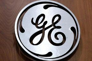 Midday Report: Disappointing GE Outlook Weighs on Dow; eBay Meets Estimates
