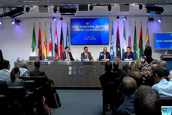 OPEC Begins Meeting Today, Saudis May Cut Oil Production