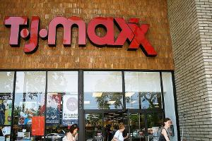 Could Macy's Help T.J. Maxx Compete With Amazon?
