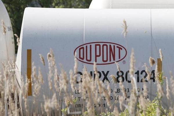 Jim Cramer: DuPont's CEO is Killing it!
