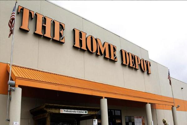 Home Depot Matches Earnings, Revenue Expectations and Raises Guidance