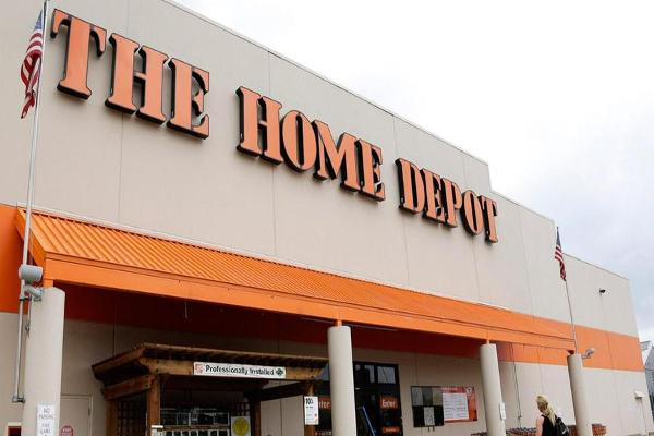 Jim Cramer Says it Looks Like Home Depot Is Taking Share From Lowe's
