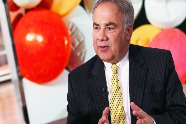Valeant CEO Joe Papa Has Been Able to Pay Down Debt, Jim Cramer Explains