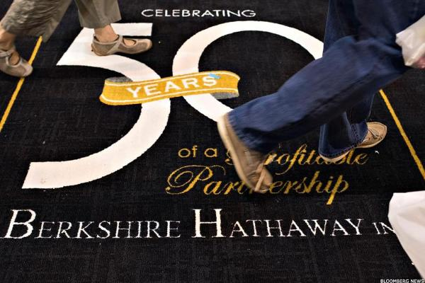 Berkshire Hathaway Trims Its Stake in Wells Fargo