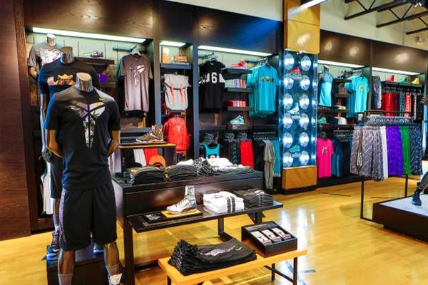 Footlocker Jumps on Second-Quarter Earnings Beat