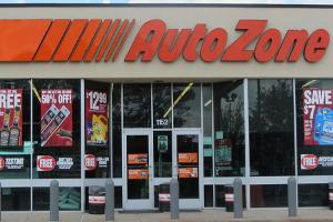 Jim Cramer: If AutoZone Reports a Good Number, Buy Snap-On