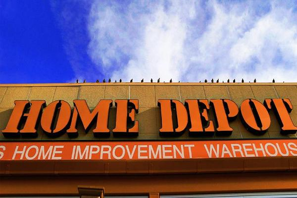 Home Depot Beats Expectations, Raises Full Year Profit Outlook