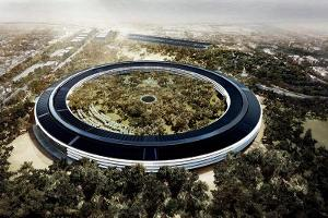 Apple Employees Will Begin Working in a Giant Spaceship Soon