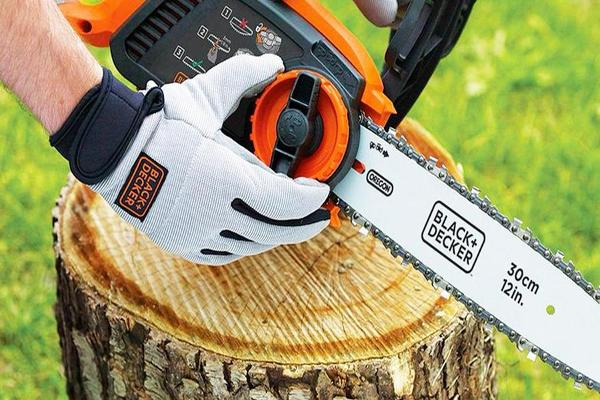 Stanley Black & Decker Shares Climb on Newell Brands Deal