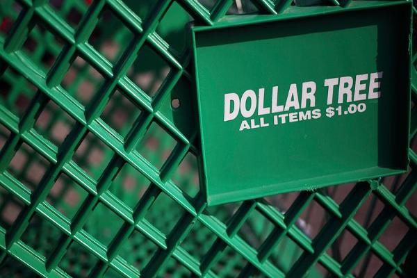 Jim Cramer Awaits Dollar Tree and Dollar General's Earnings