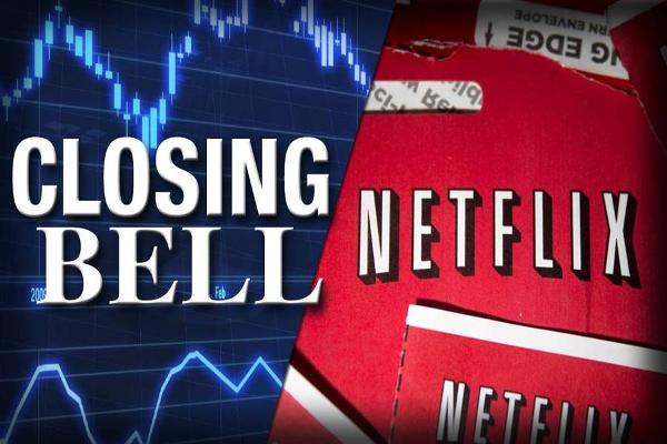 Netflix Drags on the S&P 500; Stocks Slump in Volatile End to Week