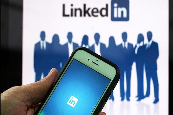 LinkedIn Reports Better-Than-Expected Earnings, Revenue; Shares Rise
