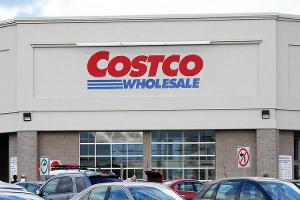 Costco Is Working Through Its American Express-Visa Transition, Says Jim Cramer