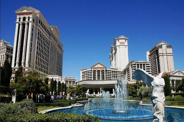 Boyd And Caesars to Report Q4 Earnings After the Bell