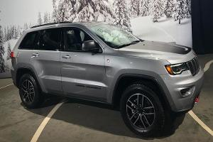 Why You Need This $86,000 Jeep Grand Cherokee Trackhawk