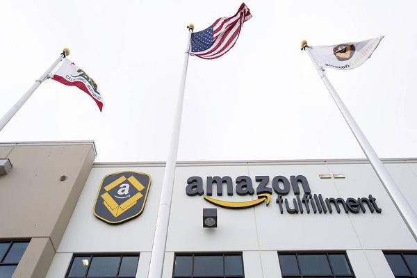 Jim Cramer Says Amazon, Expedia Can Continue to Climb From Here
