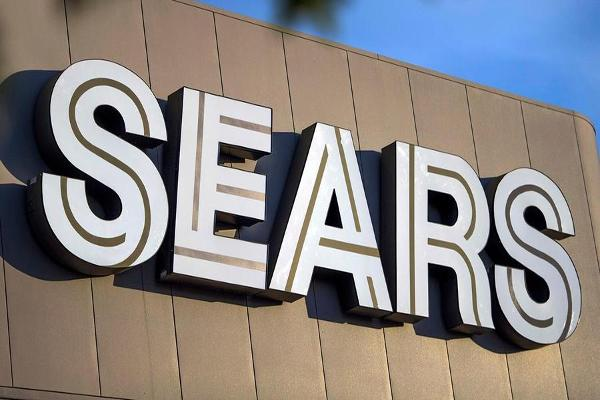 Jim Cramer: People Don't Like Shopping at Sears