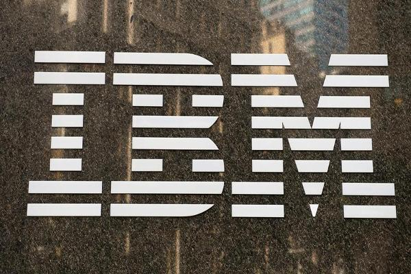 What Jim Cramer Expects From IBM, American Express and T-Mobile's Earnings