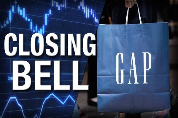 Closing Bell: Gap Tumbles on Weak December; Stocks Tumble