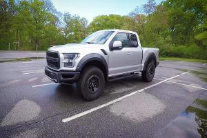 Ford's New Raptor Could Easily Annihilate Sand Dunes, or Most Cars in a Street Race