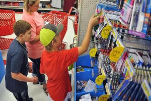 Parents Expect to Spend More In-Store Than Online for Back-To-School Shopping