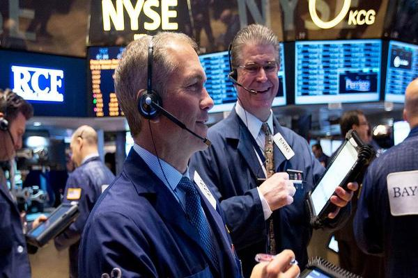 Opening Bell: U.S. Stocks Gain Steam Ahead of Federal Reserve Statement
