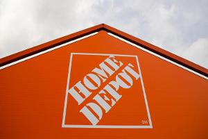 Jim Cramer on Home Depot and Lowe's
