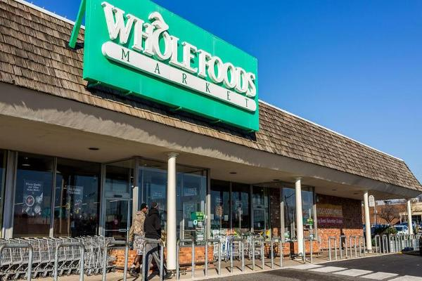 Amazon Is Doing Something Really Dumb at Whole Foods
