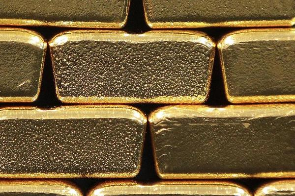 Dovish Fed Tone Gives Gold a Solid Boost