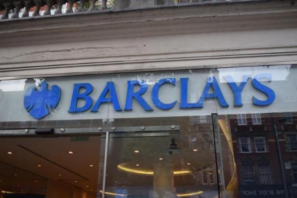 Barclays CEO Staley Survives Shareholder Vote
