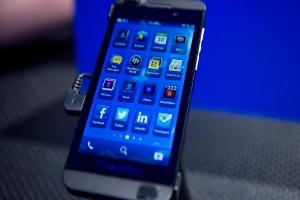 Midday Report: BlackBerry to Stop Making Phones; Rates Talk Sinks U.S. Stocks