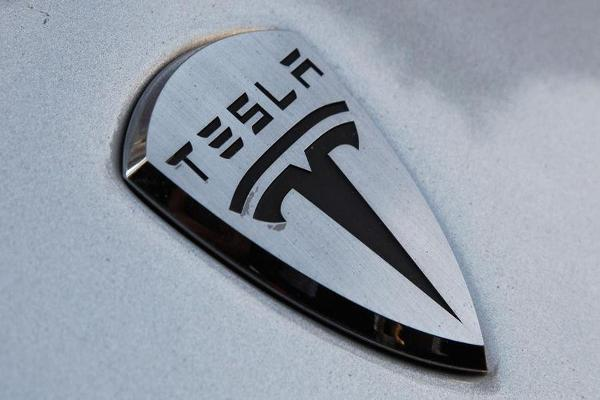 Tesla Just Unveiled Shocking Updates to Its Model S and Model X Cars