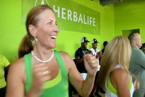 Carl Icahn Considered Selling Herbalife Stake