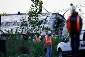 Amtrak Train Derails Killing 6 People; Investigation Begins