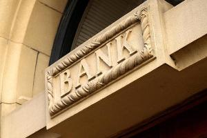 Jim Cramer: U.S. Banks Are the Place to Be