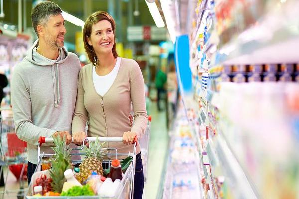 Higher Food Prices Will Help Supermarkets in 2017 Says Smart & Final CEO
