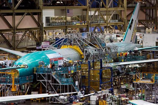 Boeing's Charleston Plant Turns Out First 787-10 Dreamliner