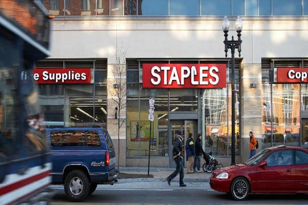 Staples CEO Ron Sargent to Step Down After Failed Office Depot Merger