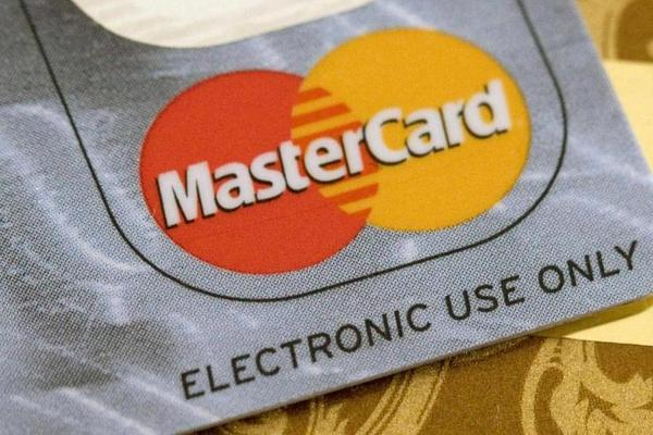 Jim Cramer Is Charged Up Over Mastercard's Strong Earnings Report