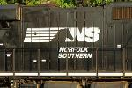 Jim Cramer: I Don't Think It's Possible for CSX to Make a Bid for Norfolk Southern