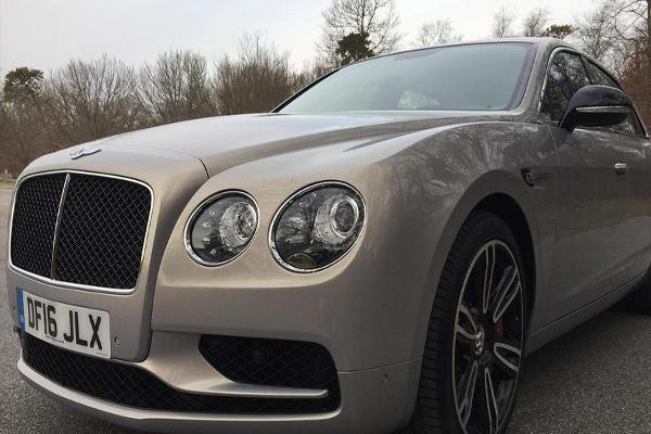 Take a Rare Look Inside Bentley's Amazing 2017 Flying Spur