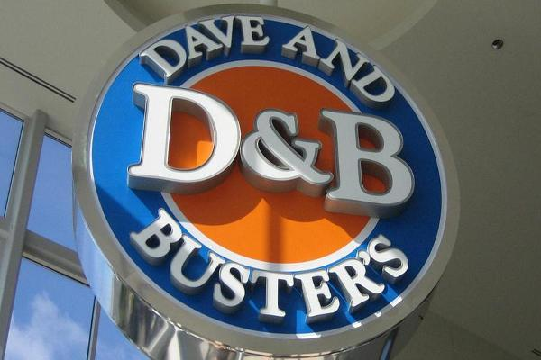 Jim Cramer on Dave & Busters: Watch Same Store Sales Deceleration