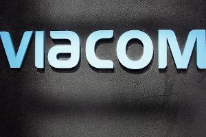 Jim Cramer: Viacom Ceiling in Place