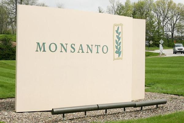 Midday Report: Monsanto Rises on Deal Reports; U.S. Stocks Climb