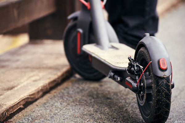 Uber Reportedly in Talks to Acquire Scooter Sharing Companies Bird or Lime