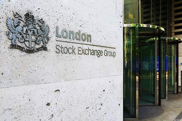 London Stock Exchange Tops FTSE On Broker Upgrades, Bullish CEO Outlook