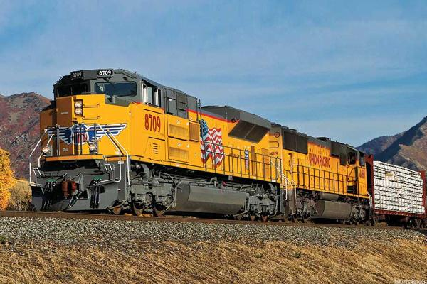 Riding the Rails: I Like the Technical Set-Up at Union Pacific