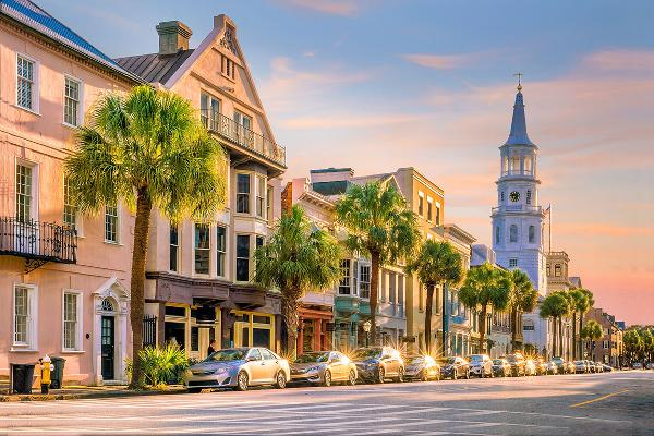 These Are Some of the Prettiest American Towns to Retire in
